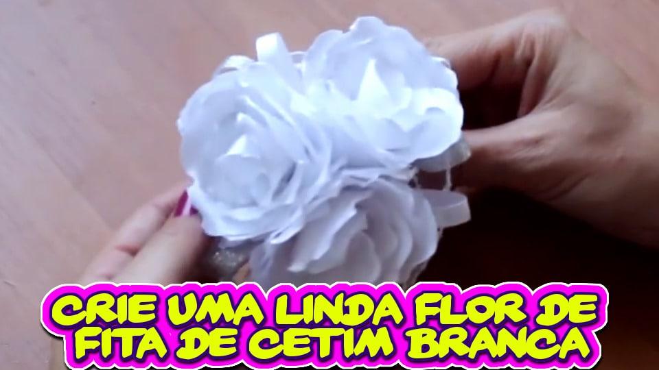 Crie uma Linda Flor de Cetim na Cor Branca
